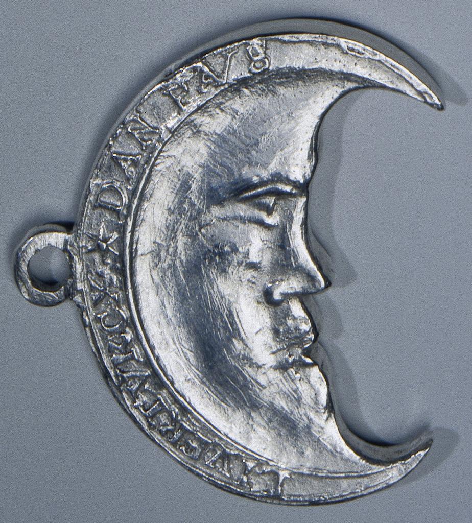 Halve maan door de 300 bootsgezellen van admiraal de Boisot gedragen