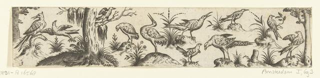 Fries met elf vogels, aan beide uiteinden van het fries staat een boom