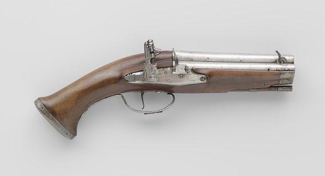 Flintlock pistol with five barrels for superimposed loads