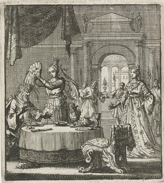 Vorstin keert een schaal met eten om boven het hoofd van haar echtgenoot