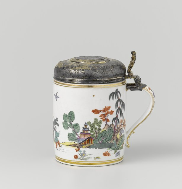 Tankard with a 1633 silver thaler in the lid