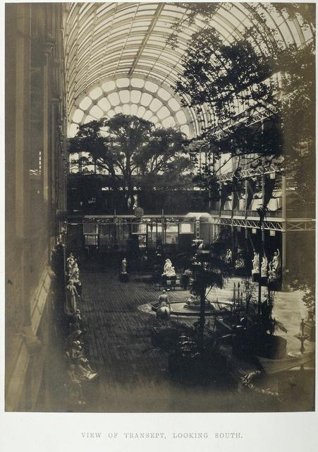 Crystal Palace, gezicht in transept, gezien in zuidelijke richting