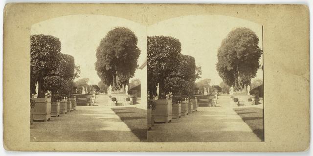 Jardins Reserves, Escalier de l'esplanade du chateau, cote de l'orangerie