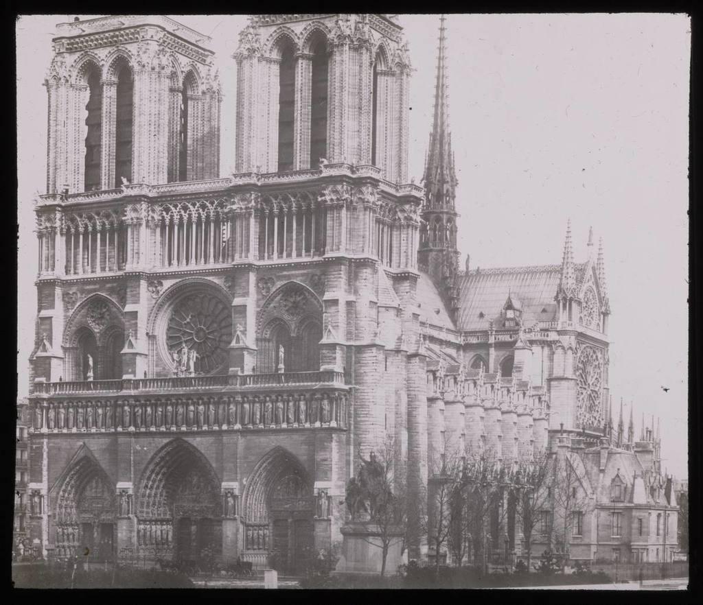 Paris. Notre Dame, lado S.O. Esteva Marata, J.