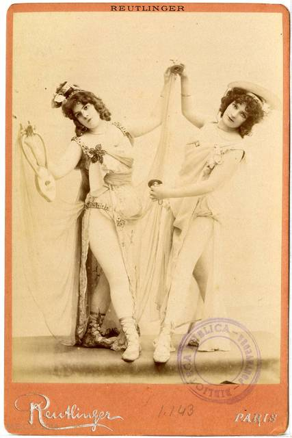 [Grace & Kennie Darling] Ballet de la Belle Helène