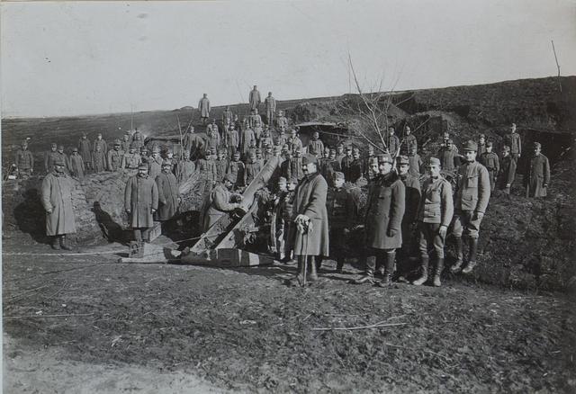 15 cm Haubitze in Stellung bei Tudynka
