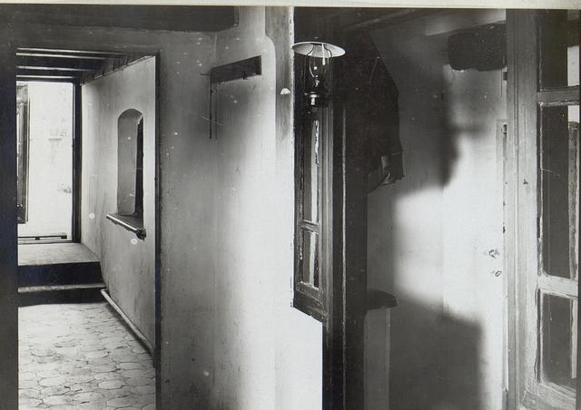 Badehaus des Lst.Et.Baon 20 Luck: Korridor.