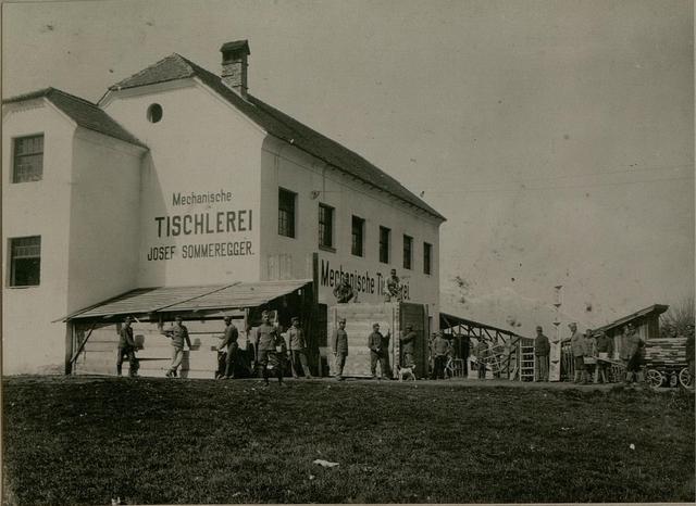Barackenbauleitung in Spittal an der Drau, die militärisch verwaltete und mechanisch betriebene Tischlerei Sommeregger