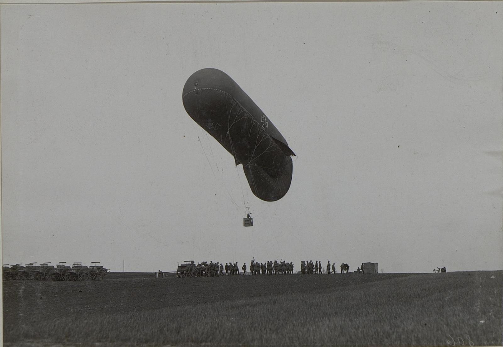 Fesselballon beim Aufstieg