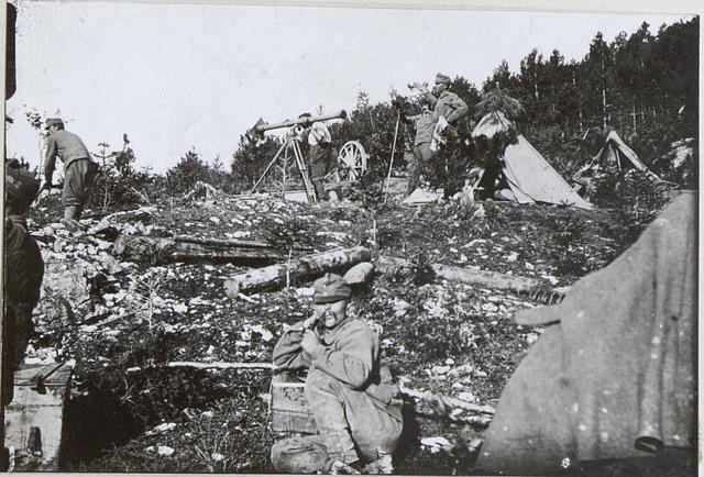 Fliegerabwehrgeschütz a.d.Isonzofront. 6.9.17.