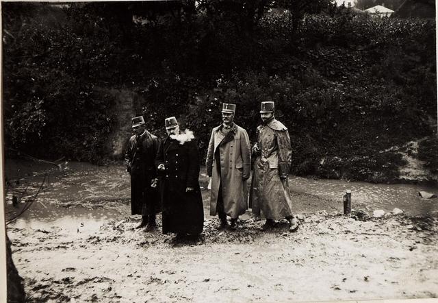 Frontbesuch des Kaisers Karl I. während der erfolgreichen Gegenoffensive in Galizien. Schwierigkeiten während der Reise