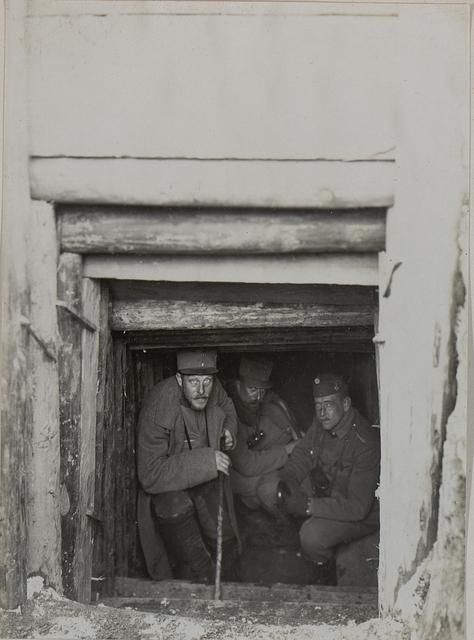 Fuchsloch beim Lst.Inf. Bataillon Nro.24 in Zuryn.