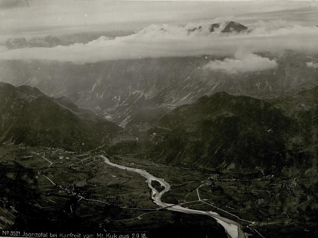 Isonzotal bei Karfreit vom Monte Kuk aus