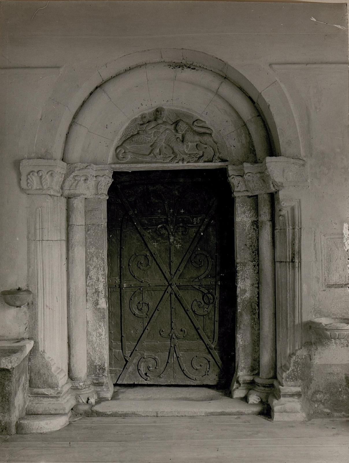 Klagenfurt: Portal der Schlosskirche.