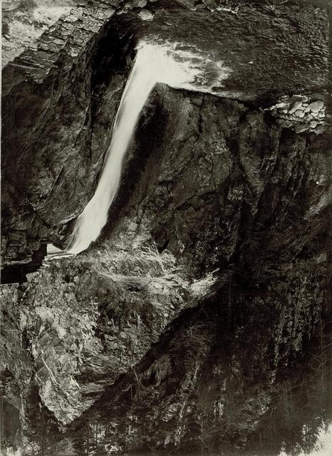 Nassfeldstraße, Wasserfall und Wehr
