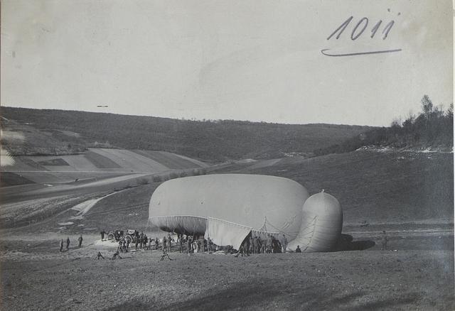 Oesterr.-ung.Fesselballon beim ottom.Korps: Auffüllen.