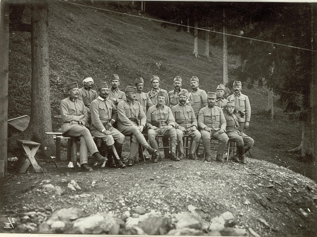 Offiziersgruppe des Lst.Baons Nro.153.