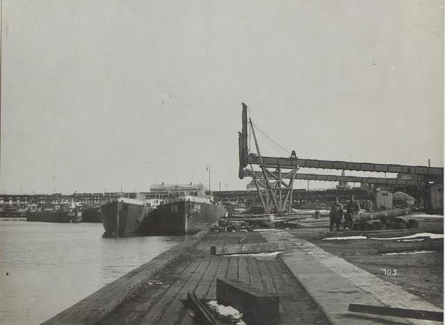 Schiffe im Hafen von Odessa