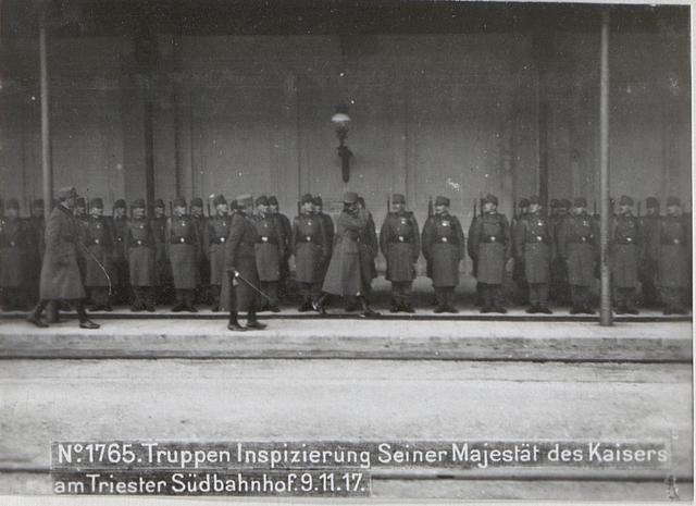 Truppen Inspizierung Seiner Majestät des Kaisers am Triester Südbahnhof.9.11.17.