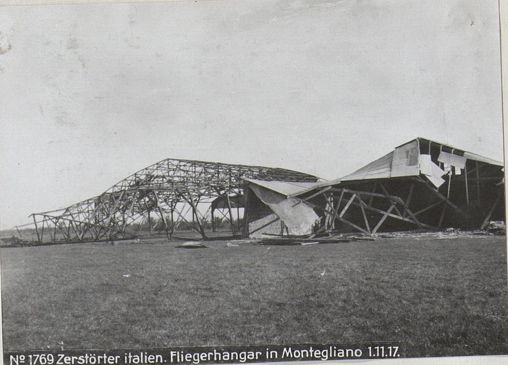 Zerstörter italien. Fliegerhangar in Montegliano 1.11.17.