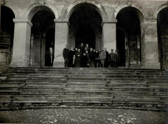 Familie des Besitzers des Herrenhauses Pilica, welche die ganze Schlacht mitgemacht haben.