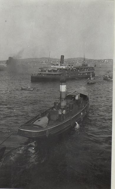Leben und Treiben am Bosporus.