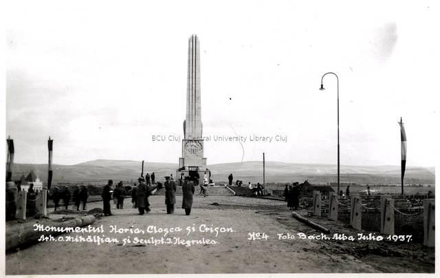 Monumentul Horia, Cloşca şi Crişan [material iconografic] : Arh. O. Mihălţian şi sculpt. I. Negrulea