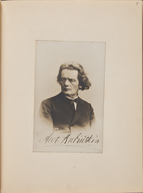 Portretfoto / van Anton Grigorevitsj Rubinstein (1829-1894), componist en pianist, voor Louise Westermann-Heinze (1837-1929)