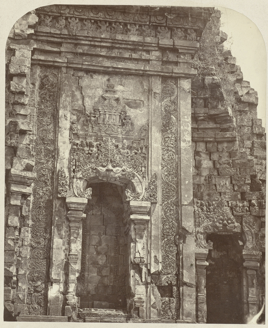 Candi Kalasan (Buddhist), one of the niches decorated with floral designs and the kala-makara motif. Kalasan, Yogyakarta district, D.I. Yogyakarta province, 8th -9th century.