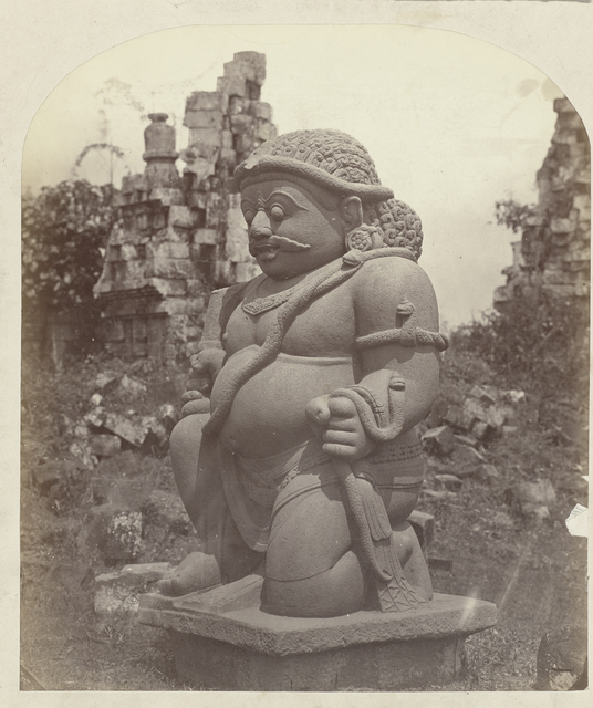 Candi Sewu (Temple complex)(Buddhist) one of the two colossal rakshasas at the east entrance. Yogyakarta district, D.I. Yogyakarta province, 8th -9th century.