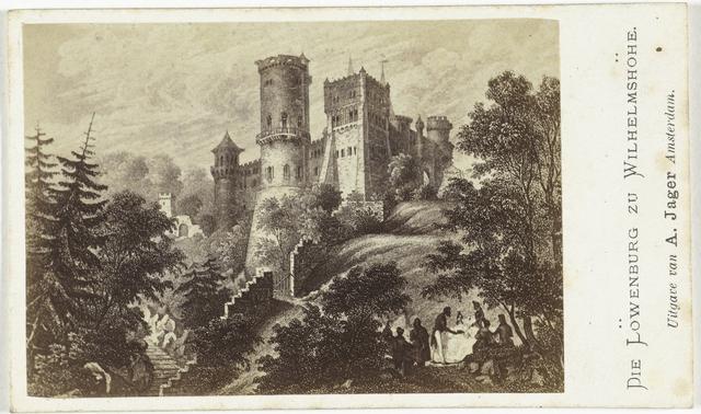 Fotoreproductie van een tekening of gravure: gezicht op de Löwenburg bij Wilhelmshöhe bij Kassel, Duitsland