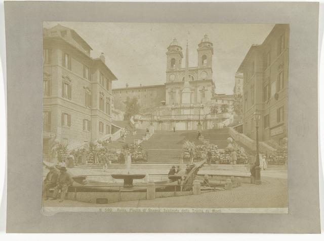 Piazza di Spagna met de Spaanse Trappen naar de Trinità dei Monti, Rome