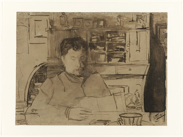 Portret van een lezende man, zittend in een interieur aan een tafel