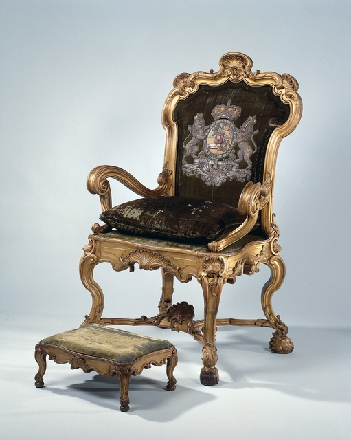 Stadtholder's chair and footstool