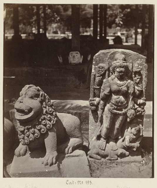 Stone lion and eight-armed Durga slaying the demon Mahisha (former Lichte collection). Yogyakarta, Yogyakarta district, D.I. Yogyakarta province, 9th century.