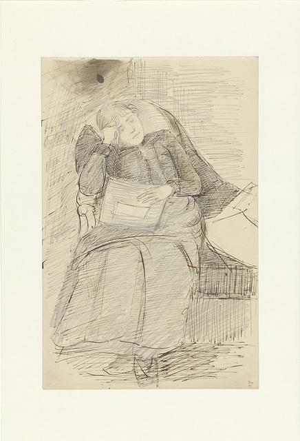 Zittende slapende vrouw met een krant
