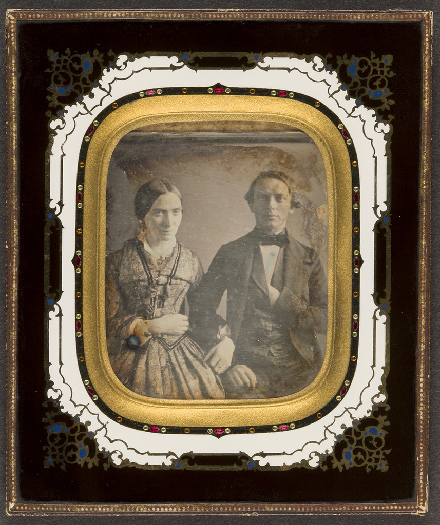 Portrait of a couple. Creator unknown, undated.