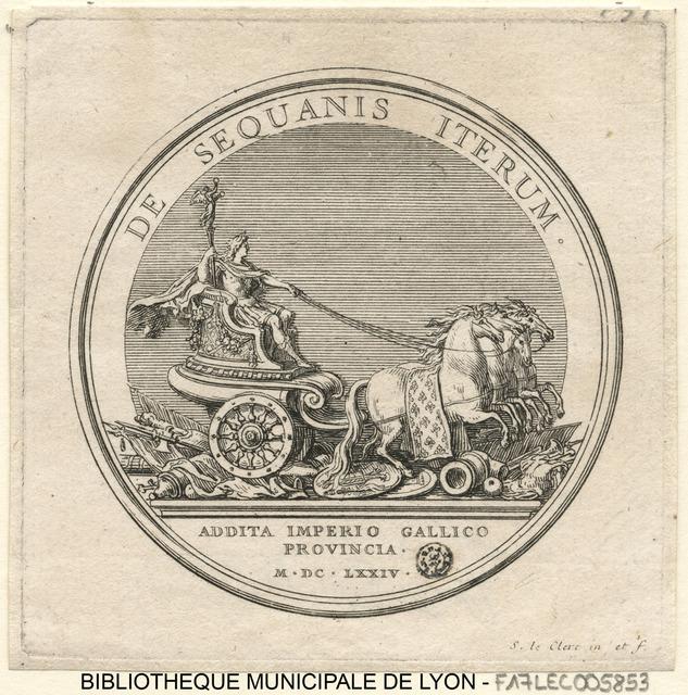 Seconde conquête de la Franche-Comté. Le Roi assis sur un char tiré par quatre chevaux, piétinant des trophées d'armes